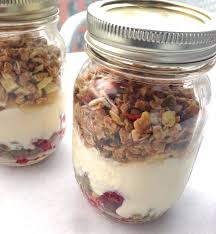 Mason Jar Breakfast Parfait